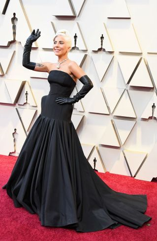 academy-awards-red-carpet-looks-2019-277812-1551055572616-image.700x0c